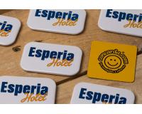 Κονκάρδες προσωπικού Esperia Hotel