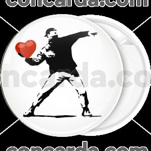 Κονκάρδα Banksy Anarchy thrower heart