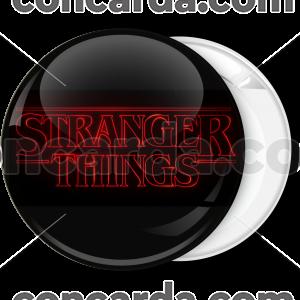 Κονκάρδα Stranger Things logo