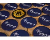 Κονκάρδες προσωπικού Norstar